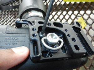 attaching the baseplate to the grip for Nikon D600