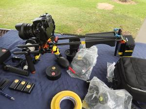 LP90S battery as counterweight, connect to GH4 with power cable on shoulder rig