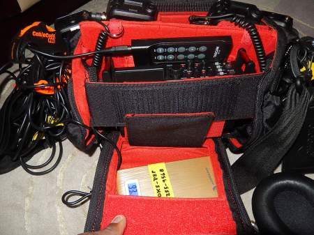 Small audio bag and contents (7)