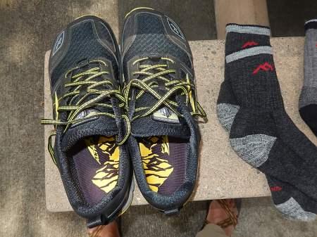 Altra Lone Peak v3 running shoes (1)
